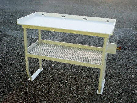 Tuna tables fish cleaning tables atlantic aluminum marine for Homemade fish cleaning table