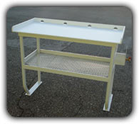 picture of fish cleaning table with shelf